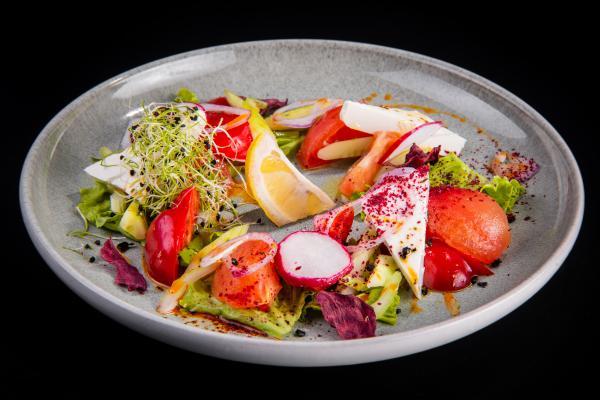 Легкий овощной салат с фетой